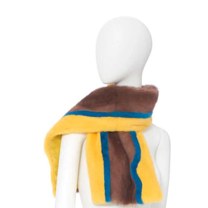 Меховой шарф - хит на зиму!