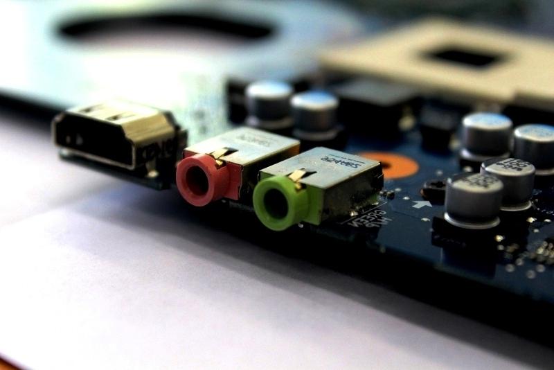 Распространенные поломки современных ноутбуков