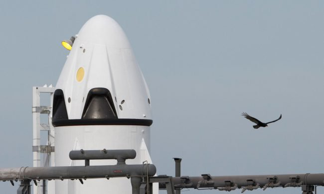 SpaceX становится на шаг ближе к началу своих пилотируемых космических запусков