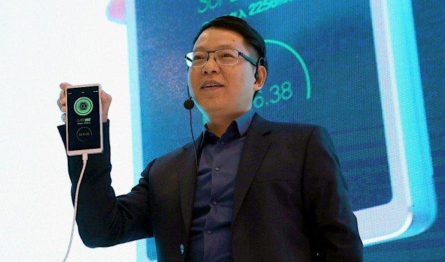 #MWC | Компания OPPO разработала технологию скоростной зарядки смартфонов