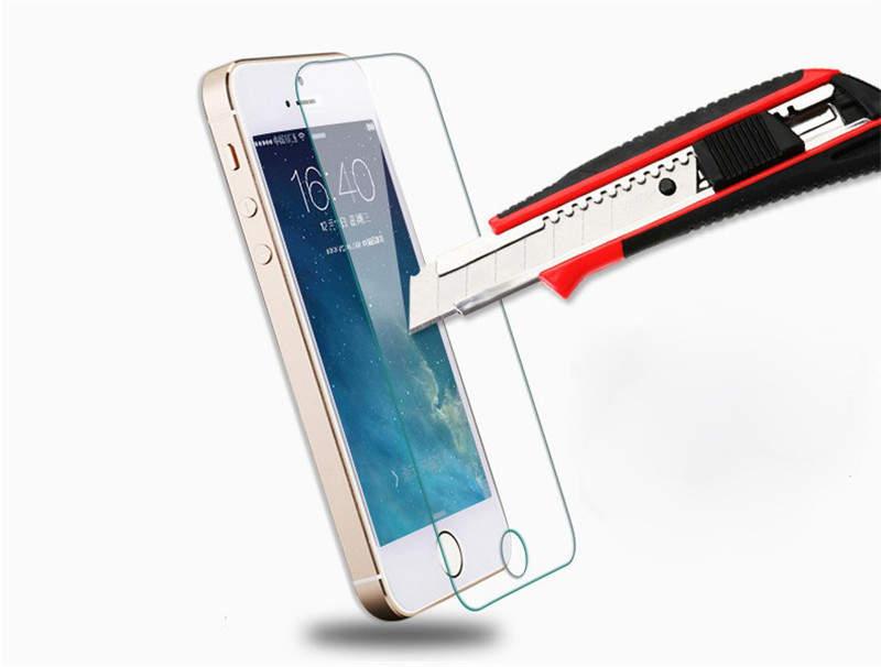 Защита экрана современного смартфона: пленка или стекло?