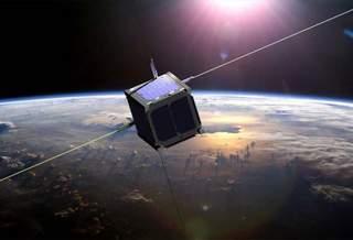 На воде и спирте: в России разработали новый двигатель для наноспутников