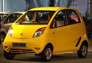 В Индии начались продажи самого бюджетного электромобиля в мире