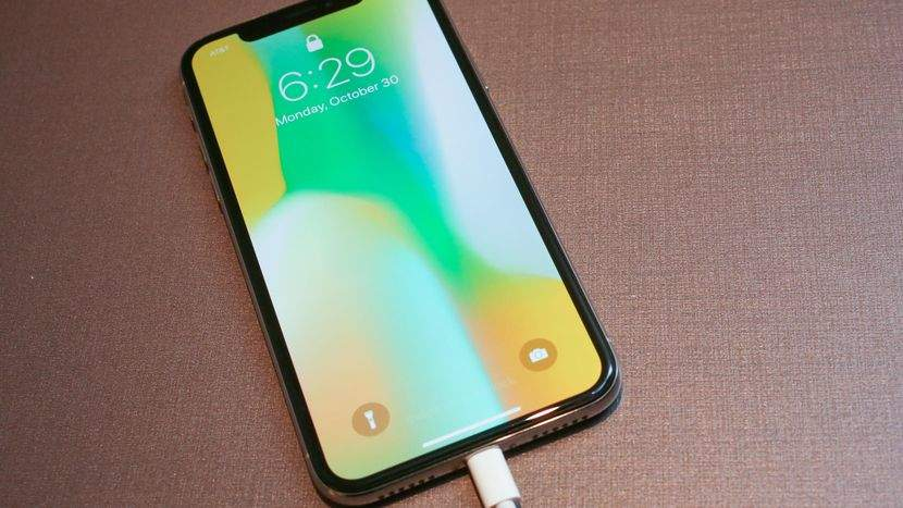 Какие аксессуары для iPhone купить?