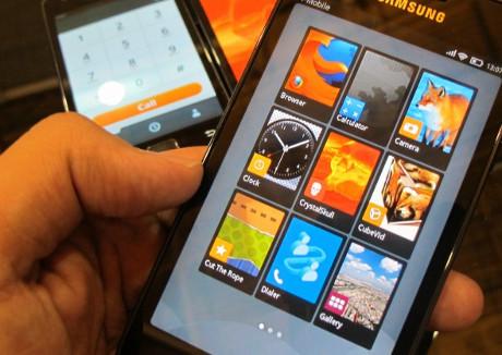 Mozilla обещает смартфоны с Firefox OS в 2013 году
