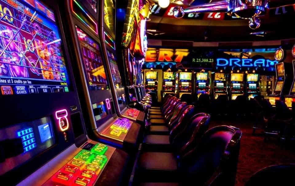Какие бонусы и слоты предлагает официальный сайт Джет казино